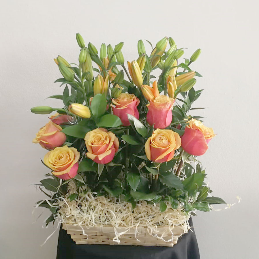 ROSES AND LILIES IN A WICKER BASKET  R450